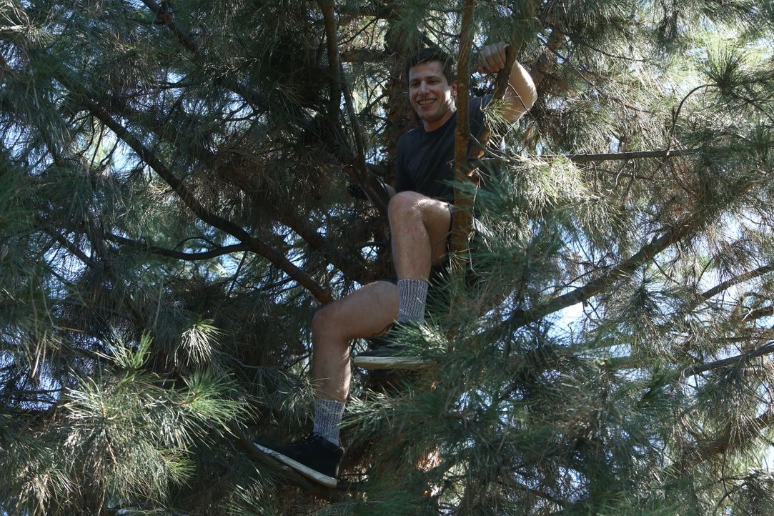 Jake Peralta (Andy Samberg) - Bildquelle: Michael Becker 2015 UNIVERSAL TELEVISION LLC. All rights reserved. / Michael Becker