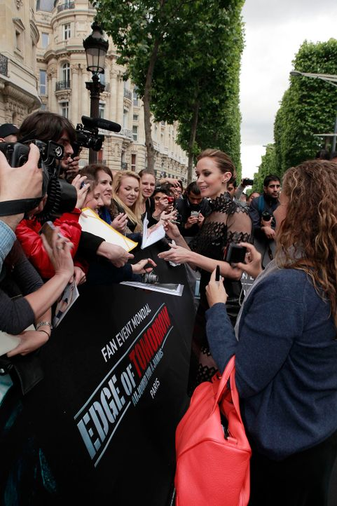 premiere-edge-of-tomorrow-paris-14-05-30-15-Warner-Bros-Pictures - Bildquelle: Warner Bros. Pictures