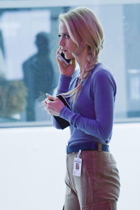 Shelby (Johanna Braddy) nimmt eine Chance wahr, ihren Eltern eine Falle zu stellen, um sich so an ihnen zu rächen ... - Bildquelle: Philippe Bosse 2016 American Broadcasting Companies, Inc. All rights reserved.