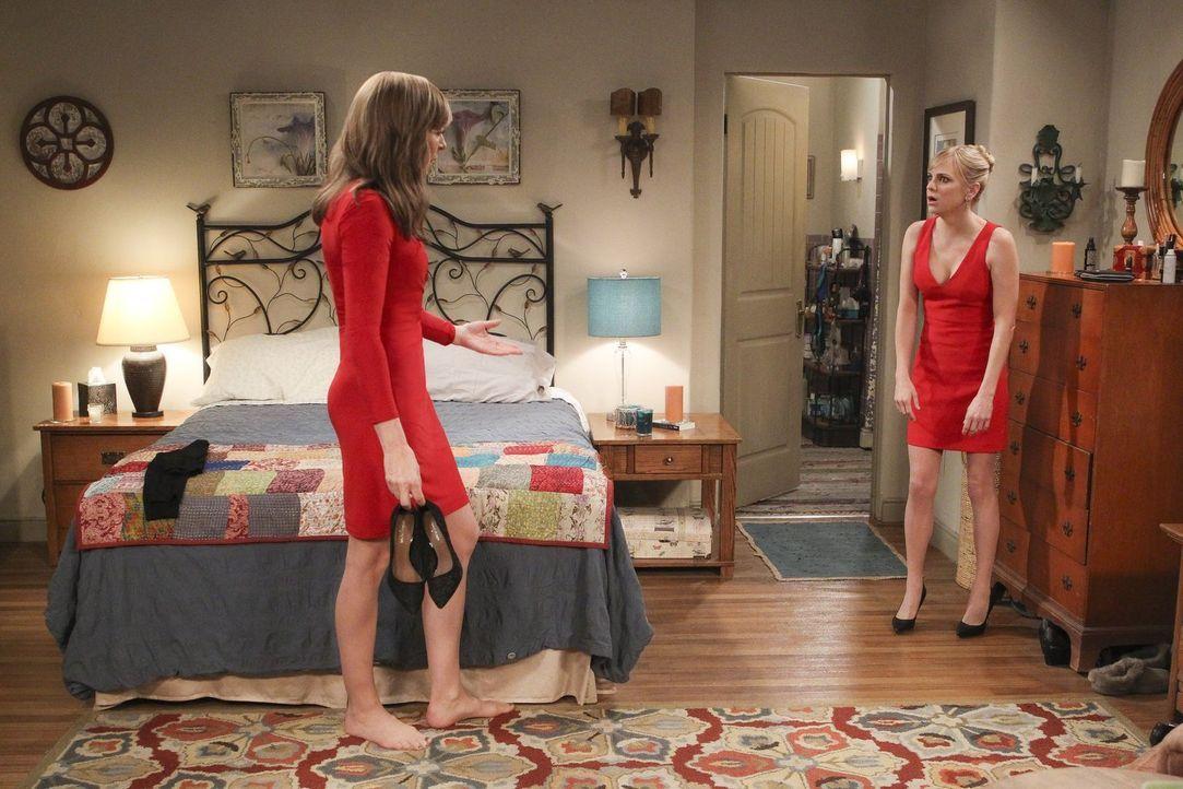 Müssen Jill helfen, wieder nüchtern zu werden: Bonnie (Allison Janney, l.) und Christy (Anna Faris, r.) ... - Bildquelle: 2018 Warner Bros.