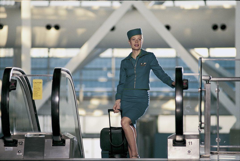 Landei Donna (Gwyneth Paltrow) möchte als Flugbegleiterin Karriere machen: Nachdem sich der Job bei einer Billigfluglinie zunächst als Flopp herau... - Bildquelle: Miramax Films