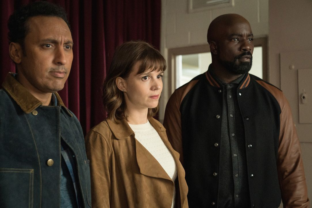 (v.l.n.r.) Ben Shakir (Aasif Mandvi); Kristen Bouchard (Katja Herbers); David Acosta (Mike Colter) - Bildquelle: Elizabeth Fisher 2019 CBS Broadcasting, Inc. All Rights Reserved / Elizabeth Fisher
