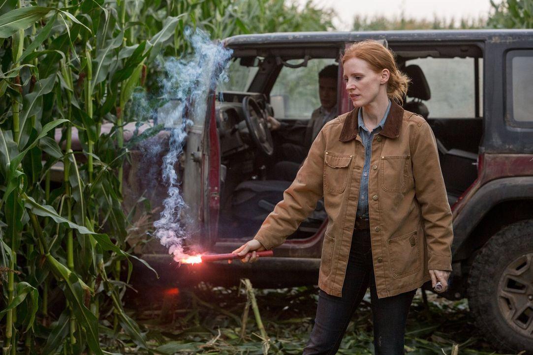 Murph (Mackenzie Foy), die inzwischen so alt ist wie ihr Vater bei seinem Aufbruch zum Wurmloch war, arbeitet seit langem mit Professor Brand zusamm... - Bildquelle: 2014 Warner Bros.