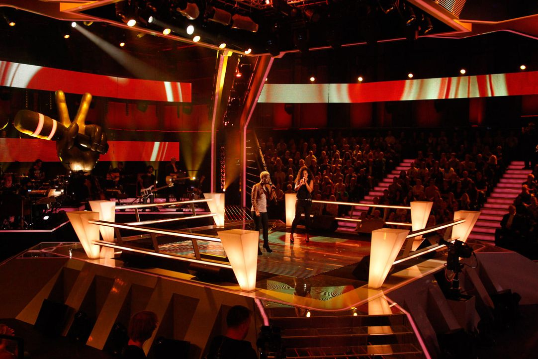 battle-nathalie-vs-asiata-17-the-voice-of-germany-huebnerjpg 1700 x 1134 - Bildquelle: SAT1/ProSieben/Richard Hübner