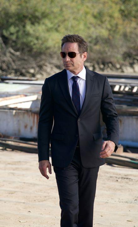 Noch ahnt Mulder (David Duchovny) nicht, dass der Fall zweier Teenager ihn und Scully endlich auf die Spur ihres verlorenen Sohnes William führen kö... - Bildquelle: Robert Falconer 2018 Fox and its related entities.  All rights reserved.