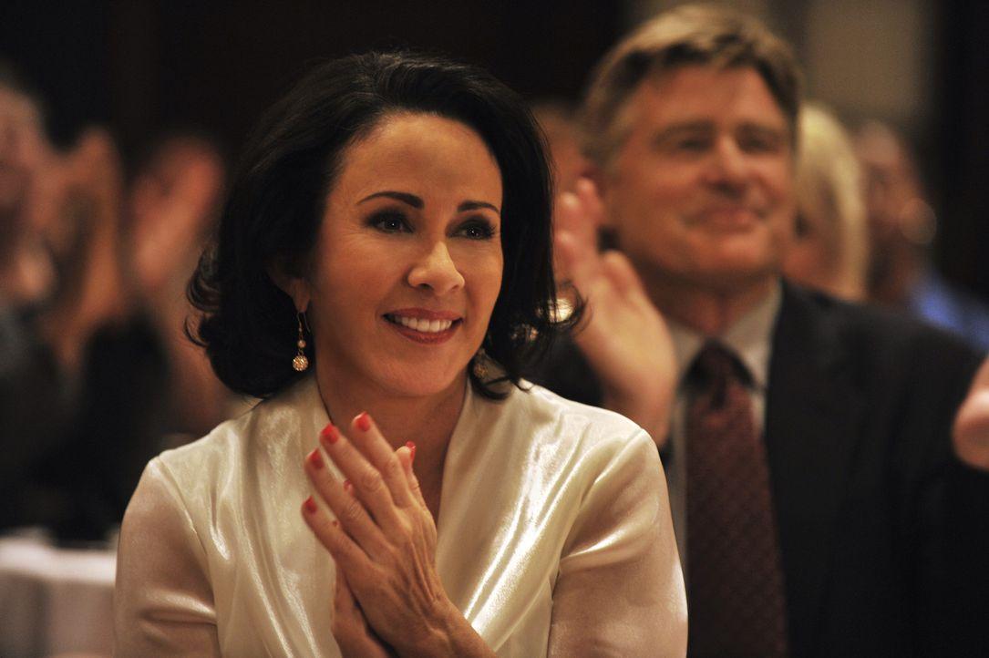 Hat immer an ihren Sohn geglaubt - und wird dafür auch belohnt: Ellen Cohen (Patricia Heaton) ... - Bildquelle: 2008 Hallmark Hall of Fame Productions, Inc.