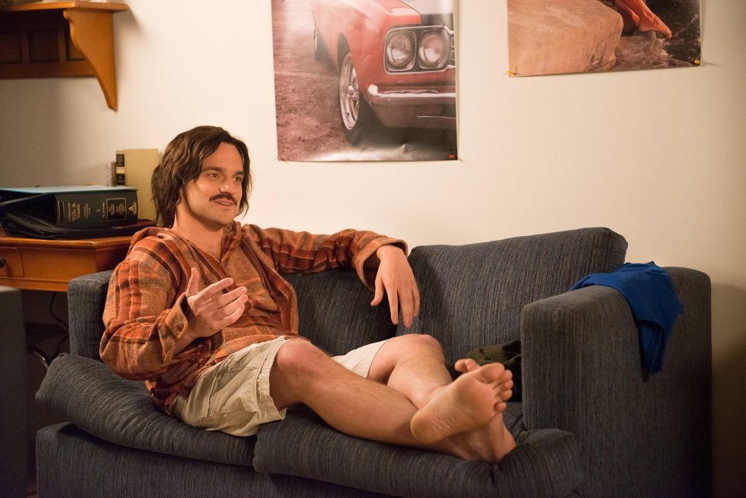 Rückblick: Nick (Jake M. Johnson) erzählt seinen Freunden, wie er seine Jungfräulichkeit verloren hat ... - Bildquelle: 2013 Twentieth Century Fox Film Corporation. All rights reserved