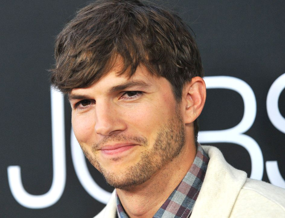 Ashton-Kutcher-Teen-Choice-13-08-13-Awards-Visual-WENN-com - Bildquelle: Visual/WENN.com