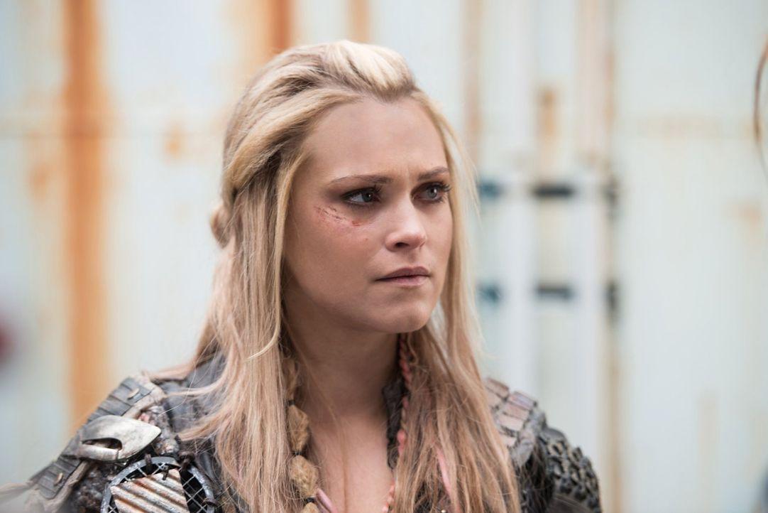 Erkennen Clarke (Eliza Taylor) und ihre Freunde zu spät, wie die Bedrohung von Alie sie bereits eingeholt hat? - Bildquelle: 2014 Warner Brothers
