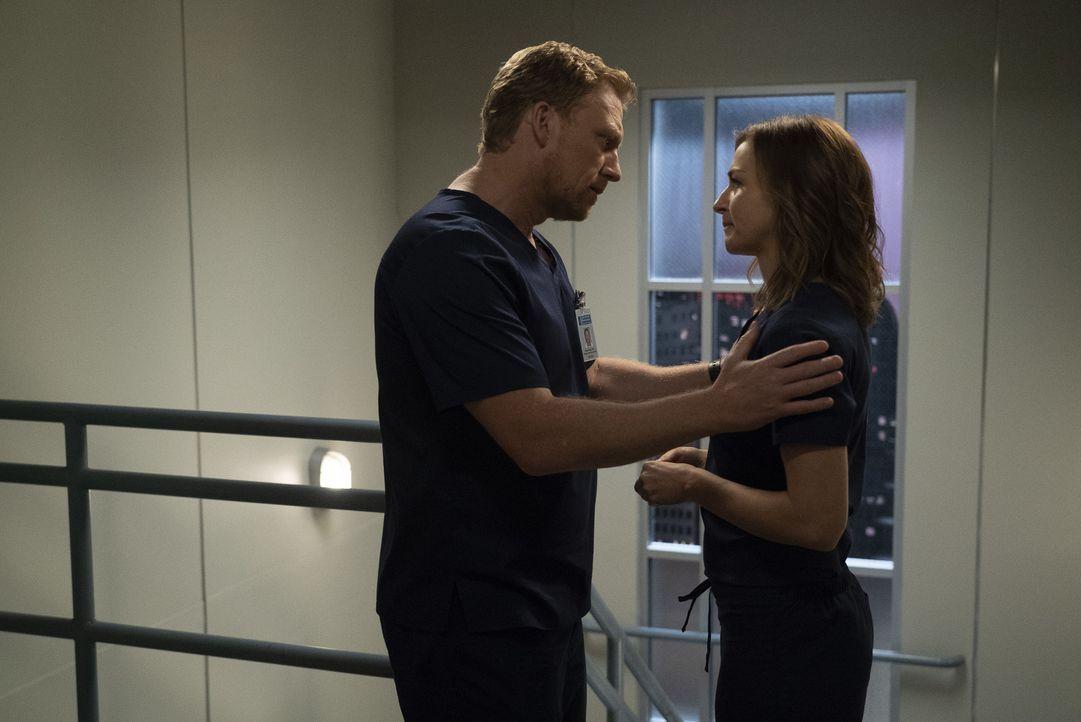Dr. Owen Hunt (Kevin McKidd, l.); Dr. Amelia Shepherd (Caterina Scorsone, r.) - Bildquelle: Eric McCandless ABC Studios