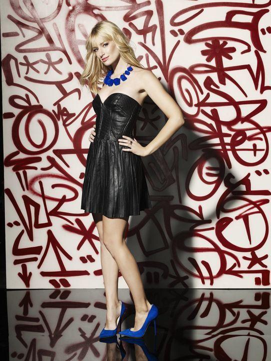 (3. Staffel) - 2 Broke Girls: Caroline Channing (Beth Behrs) ... - Bildquelle: Warner Bros. Television