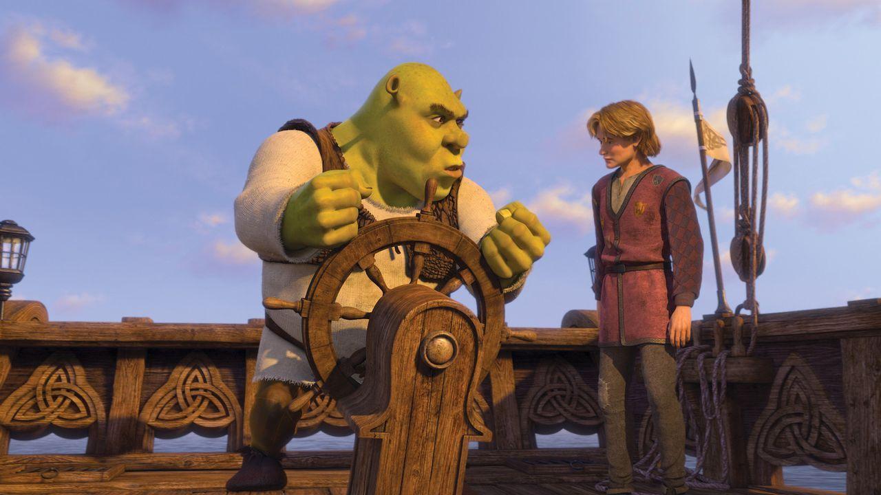 Weil der Oger Shrek (l.) keine Lust hat, seinem geliebten Sumpf den Rücken zu kehren, um ein fremdes Königreich zu regieren, gibt es für ihn nur... - Bildquelle: TM &   2007 Dreamworks Animation LLC