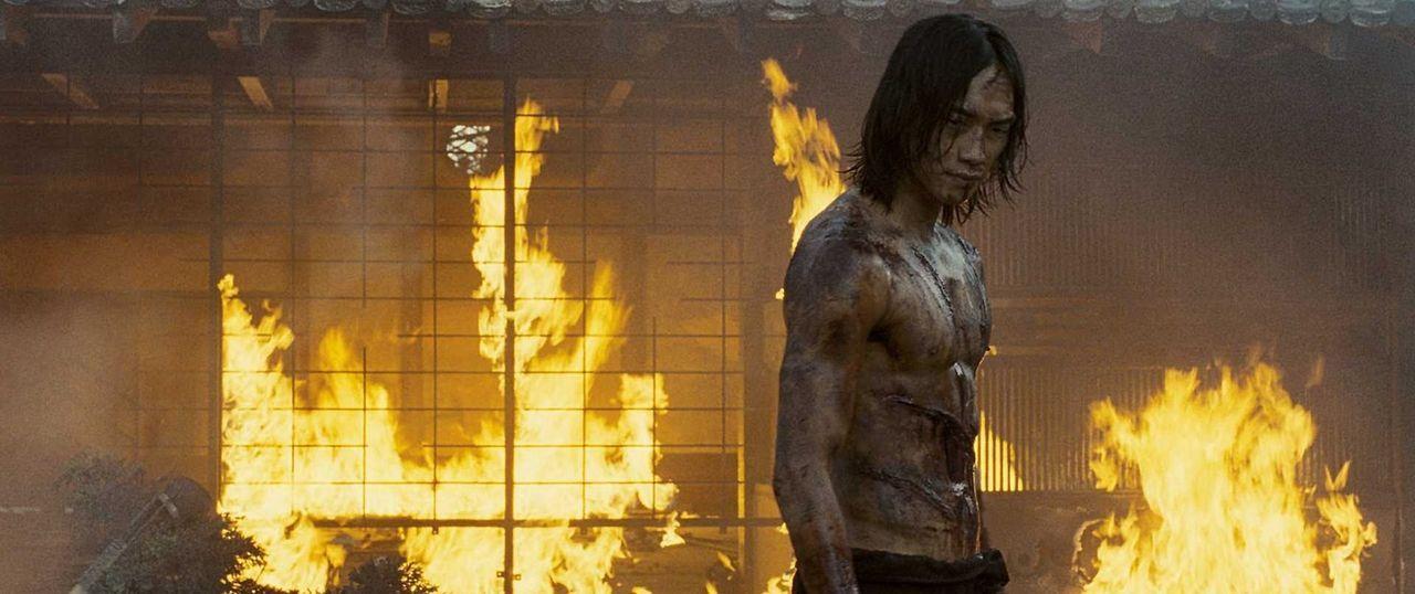 Als seine Freundin brutal hingerichtet wird, bricht Auftragskiller Raizo (Rain) mit dem Clan und steigt aus. Außerdem erarbeitet er einen scheinbar... - Bildquelle: 2009 Warner Brothers
