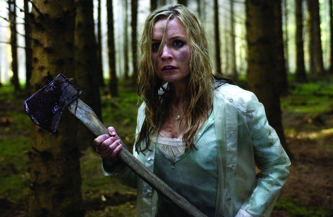 Tara (Lindsey Haun) und ihre Freunde wollen im Urlaub in Irland einmal in den Genuss von bewusstseinserweiternden Pilzen kommen. Zunächst ist noch...
