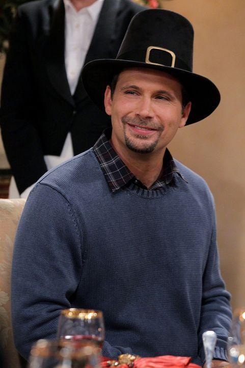 Ahnt nicht, dass Tessa ihn in New York mit einer Frau gesehen hat: George (Jeremy Sisto) ... - Bildquelle: Warner Bros. Television