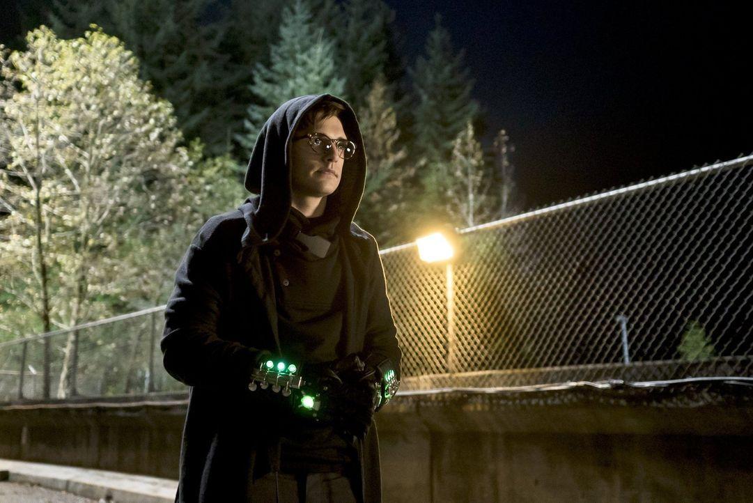 Dr. Wells' ehemaliger Schützling Hartley Rathaway (Andy Mientus) kommt nach Central City zurück, um sich an ihm dafür zu rächen, dass er durch die E... - Bildquelle: Warner Brothers.