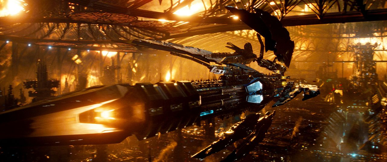 Jupiter-Ascending-14-Warner-Bros-Entertainment-Inc - Bildquelle: 2014 Warner Bros. Entertainment Inc