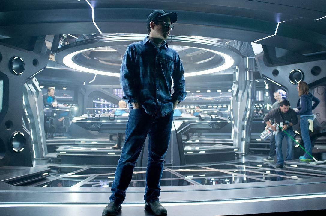 Regisseur J.J. Abrams am Set ... - Bildquelle: Zade Rosenthal 2013 Paramount Pictures.  All Rights Reserved.