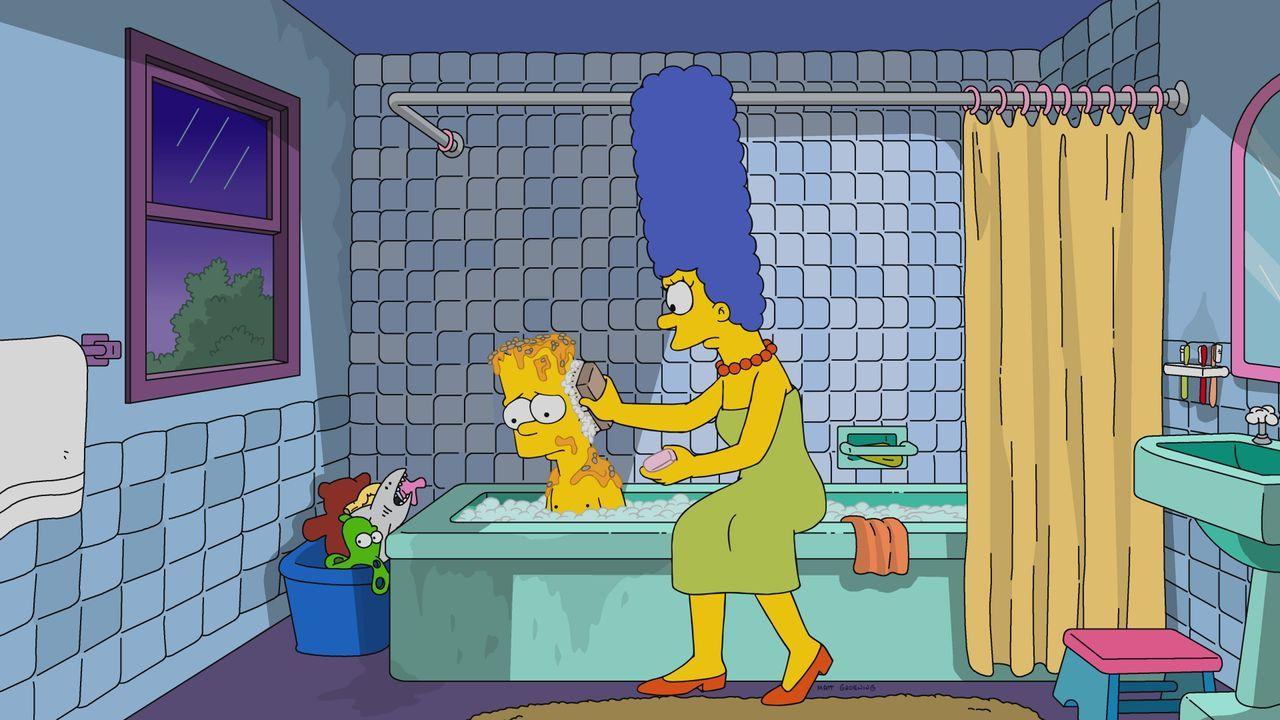 Nachdem Rektor Skinner Bart (l.) einen fiesen Streich gespielt hat, sinnt dieser auf Rache. Noch ahnt Marge (r.) nicht, welche weite Kreise das Ganz... - Bildquelle: 2017-2018 Fox and its related entities. All rights reserved.