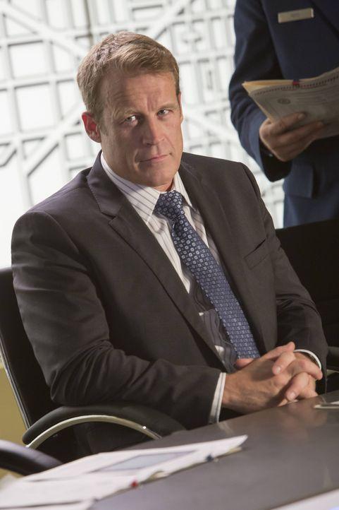 Werden Finley und Dunn es schaffen, die Leichen, die CIA Director Widener (Mark Valley) im Keller hat, zu finden? - Bildquelle: 2013-2014 NBC Universal Media, LLC. All rights reserved.