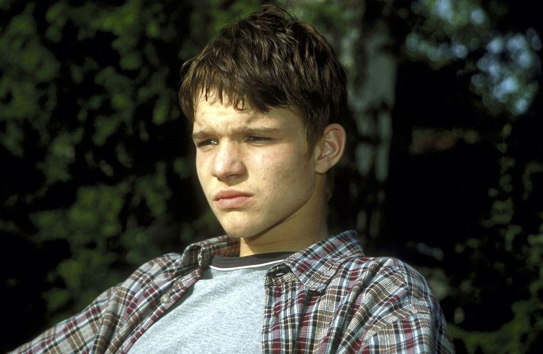 """Eines Tages bietet sich dem unglücklichen Scheidungskind Daniel (Tobias Schenke) die einmalige Gelegenheit, seinen ungeliebten """"Stiefvater"""" für al... - Bildquelle: Leslie Haslam ProSieben"""