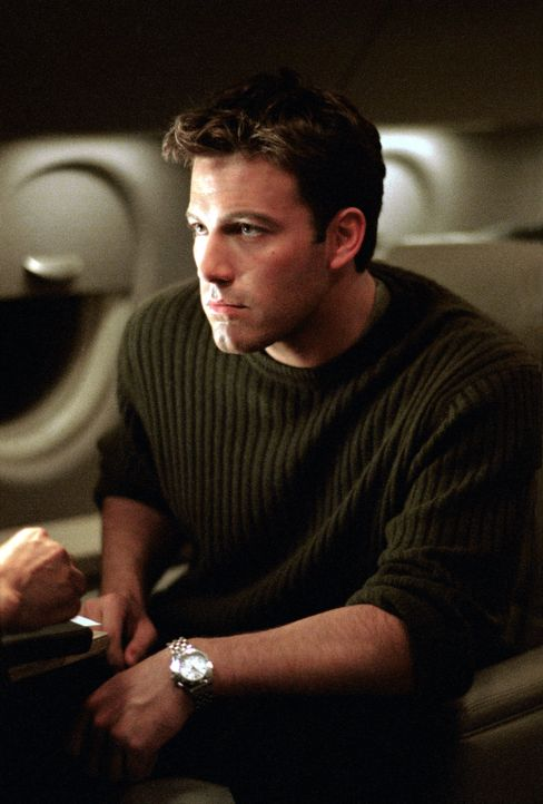 Als ein Terrorist die beiden Supermächte USA und die Sowjetunion gegeneinander aufhetzt, droht der Dritte Weltkrieg. Da macht sich der junge CIA-Age... - Bildquelle: Paramount Pictures