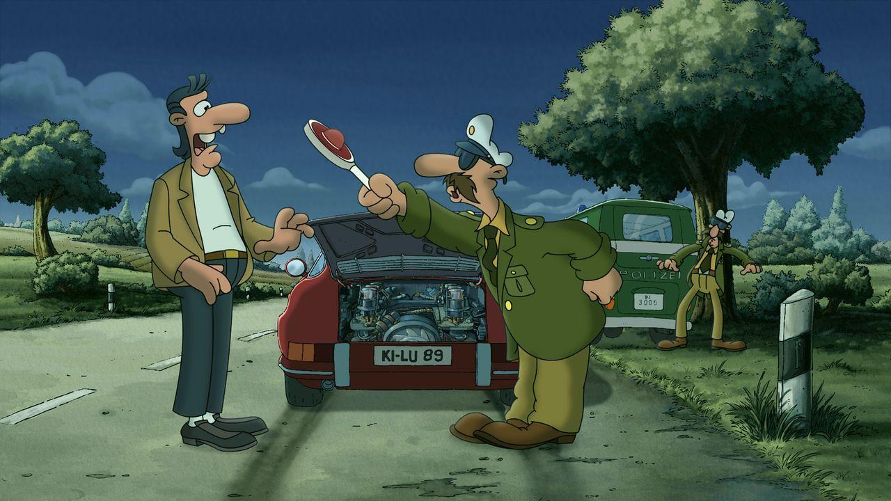 Auch Holgi (l.) hat immer wieder Ärger mit der Polizei ... - Bildquelle: 2011 Constantin Film Verleih GmbH