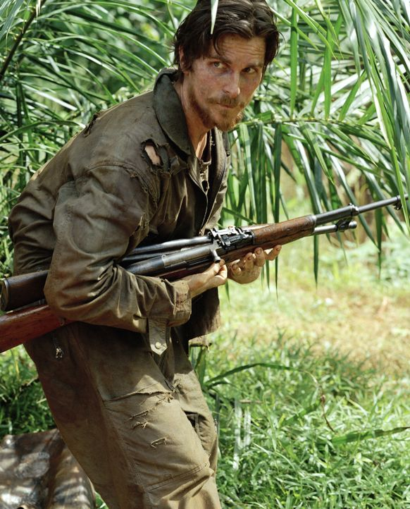 Nach seiner Flucht muss der amerikanische Soldat Dieter Dengler (Christian Bale) sehr schnell erkennen, dass der Dschungel kein Erbarmen zeigt ... - Bildquelle: Lena Herzog 2006 Top Gun Productions, LLC. All Rights Reserved.
