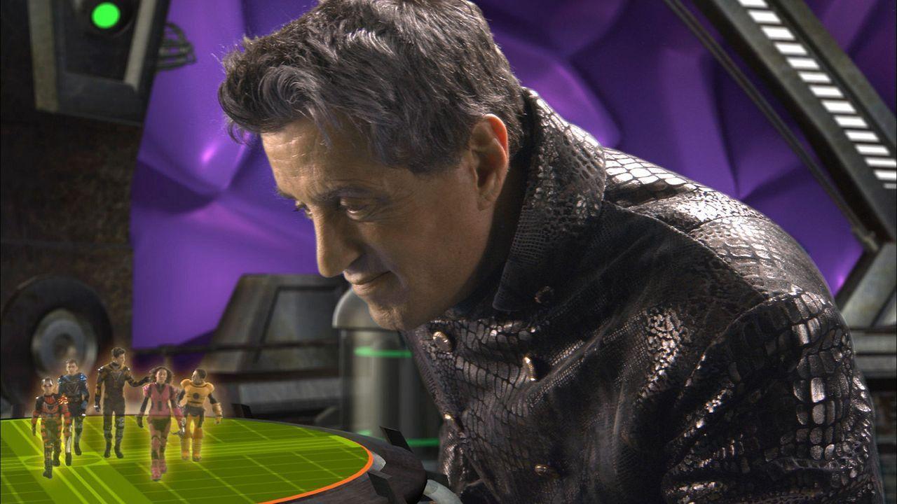 """Der böse Videospiel-Entwickler (Sylvester Stallone) will die Welt erobern, indem er alle Kinder der Welt in den Bann seines einzigartigen Spiels """"G... - Bildquelle: 2003 Dimension Films. All Rights Reserved."""