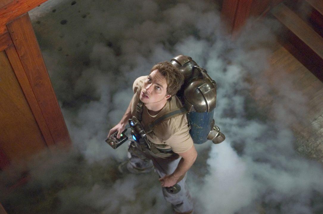 Ein gestrandeter Astronaut (Dax Shepard) steht den Brüdern zur Seite, damit sie unbeschadet auf die Erde zurückfinden ... - Bildquelle: Sony Pictures Television International. All Rights Reserved.